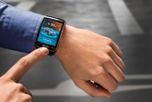 Smartwatch steuert BMW i-Serie