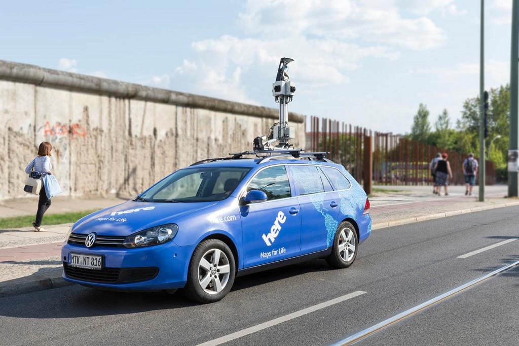 Speziell ausgerüstete Scanner-Fahrzeuge erfassen die Streckendaten mit sehr hoher Genauigkeit.