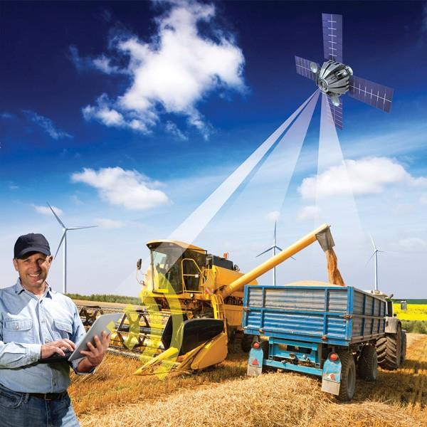 Informations- und Kommunikationstechnik hält auch in der Landwirtschaft Einzug. Fraunhofer-Experten arbeiten am Smart Farming — dem intelligent vernetzten Agrarbetrieb. (C) Fraunhofer IESE